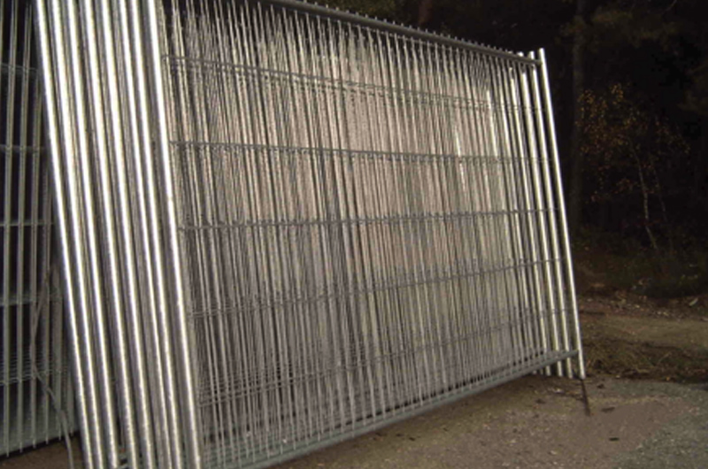 Fence Systems + Portable Fencing
